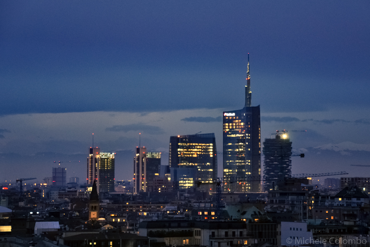 Unicredit building by night - Milan