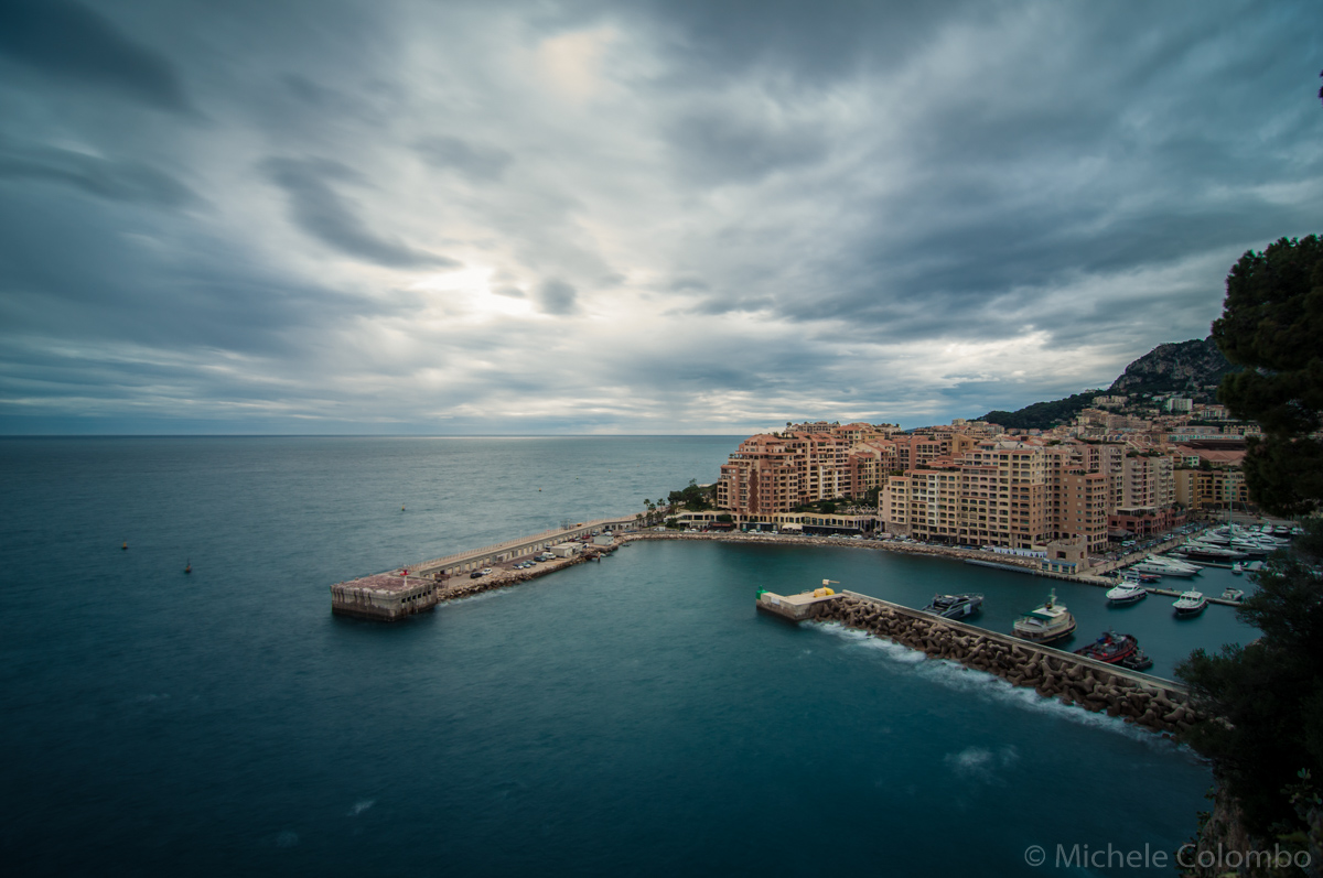Long exposure of a harbour in Monaco