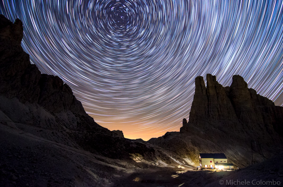 circular startrail with vajolet towers